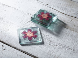 Photo of Classic Klaar Red Flower Coaster