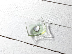 Photo of Vintage Hearts Olivine Earring Dish
