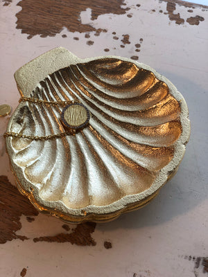 Small gold shell trinket tray