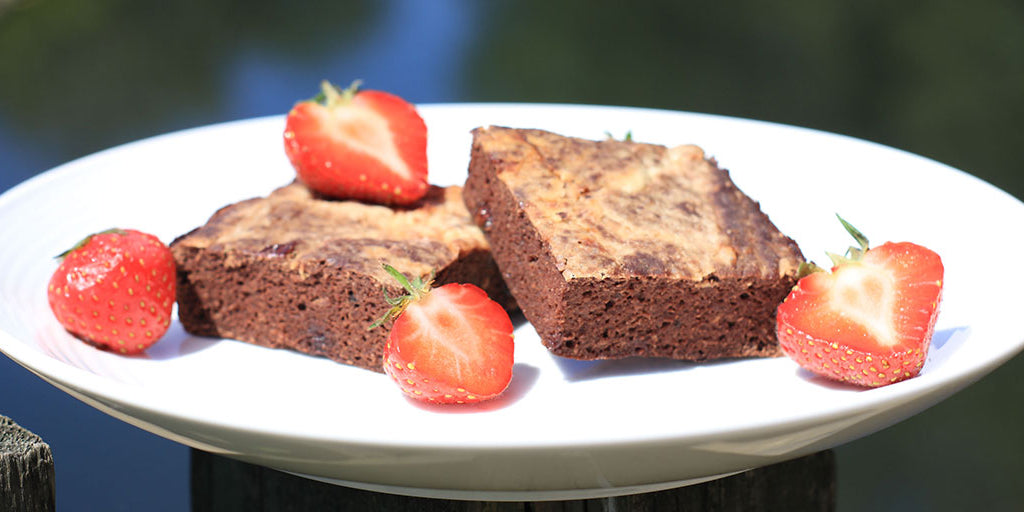 Low-Cal Strawberry & Cream Brownies