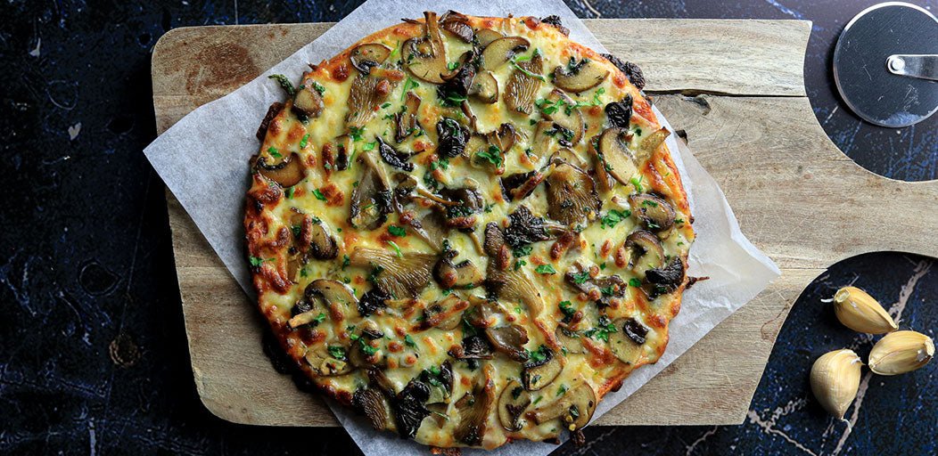 Low-Carb Garlic Mushroom Pizza