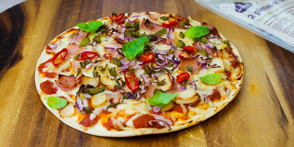 Slimming Chicken & Ham Pizza Lo-Dough