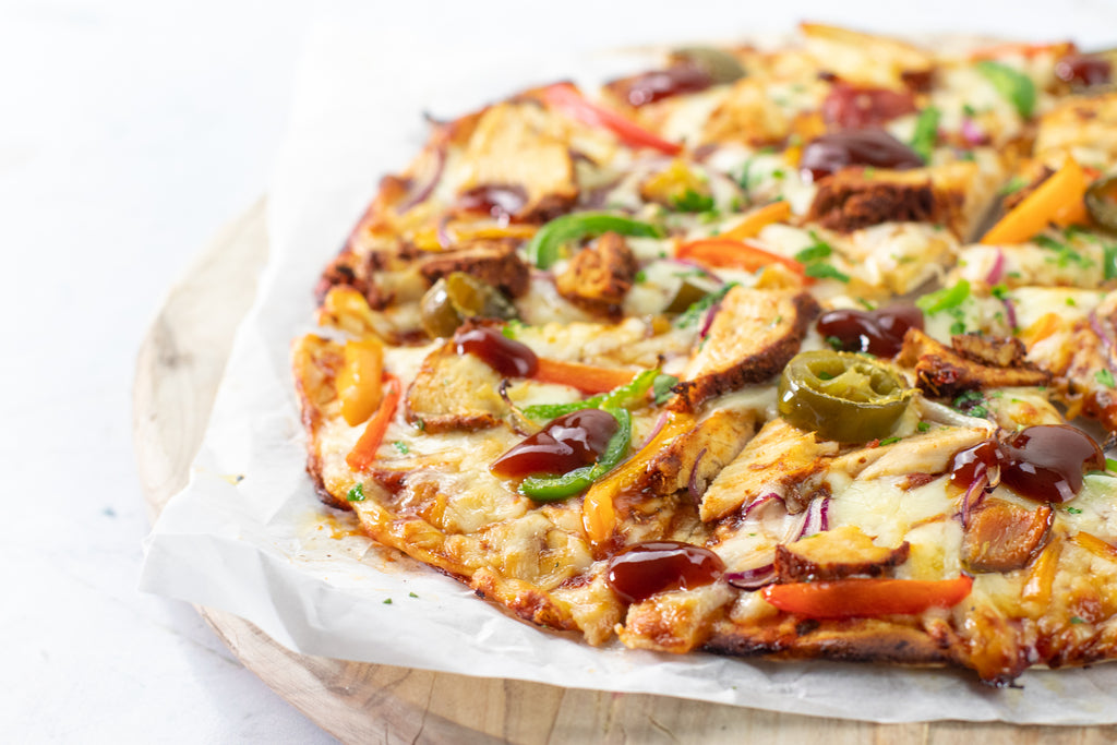 Low carb bbq chicken pizza