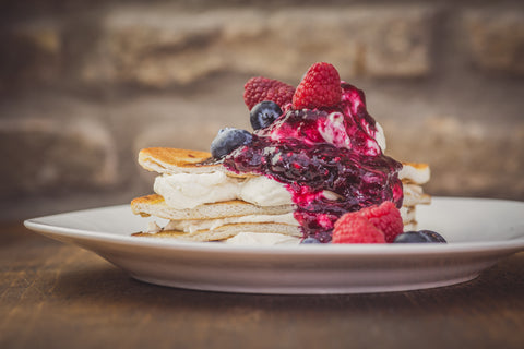 Low Fat Raspberry and Vanilla Pancakes
