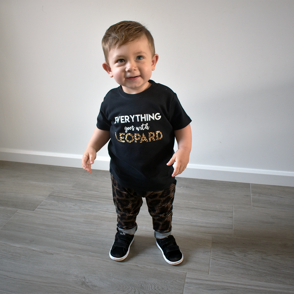 'Everything goes with leopard' baby shortsleeve shirt