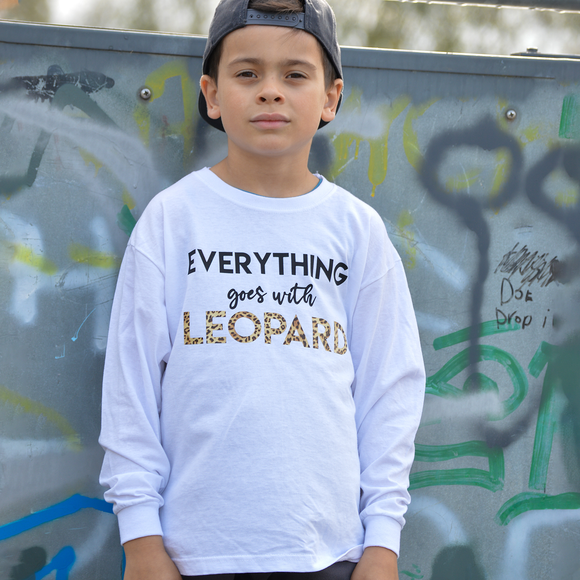 'Everything goes with leopard' kids longsleeve shirt