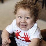 Heart hands baby shortsleeve shirt