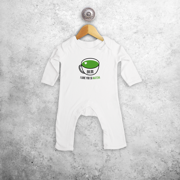 'I love you so matcha' baby romper met lange mouwen