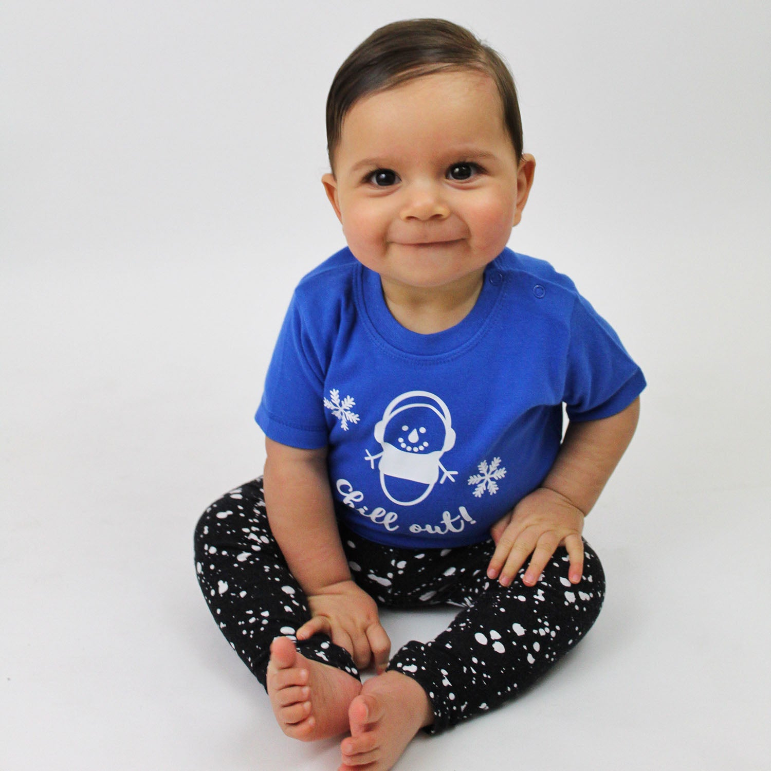 'Chill out' baby shortsleeve shirt