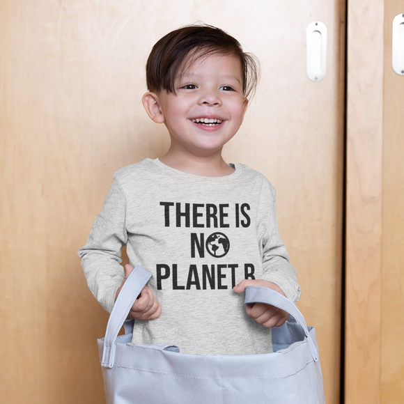 'There is no planet B' kids longsleeve shirt