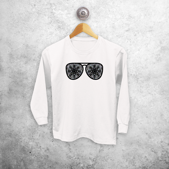 Kids shirt with long sleeves, with glitter snow star glasses print by KMLeon.
