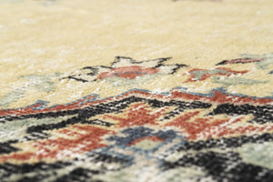 Vintage Turkish Rug Macarie thumbnail