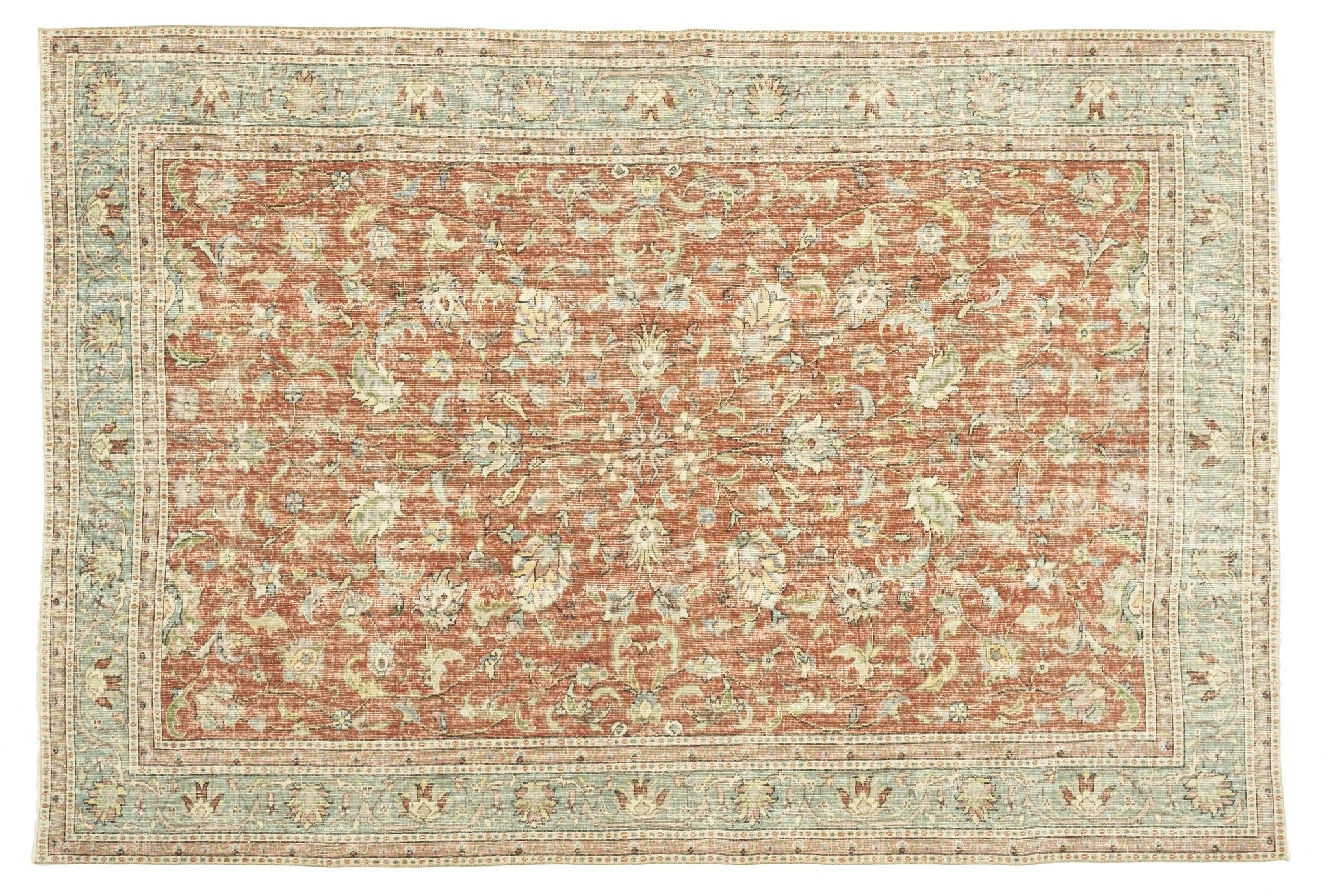 Vintage Turkish Rug Fabriciana