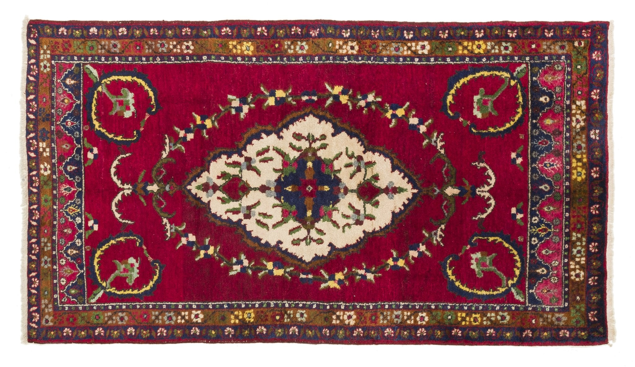Vintage Turkish Rug Aaltinus