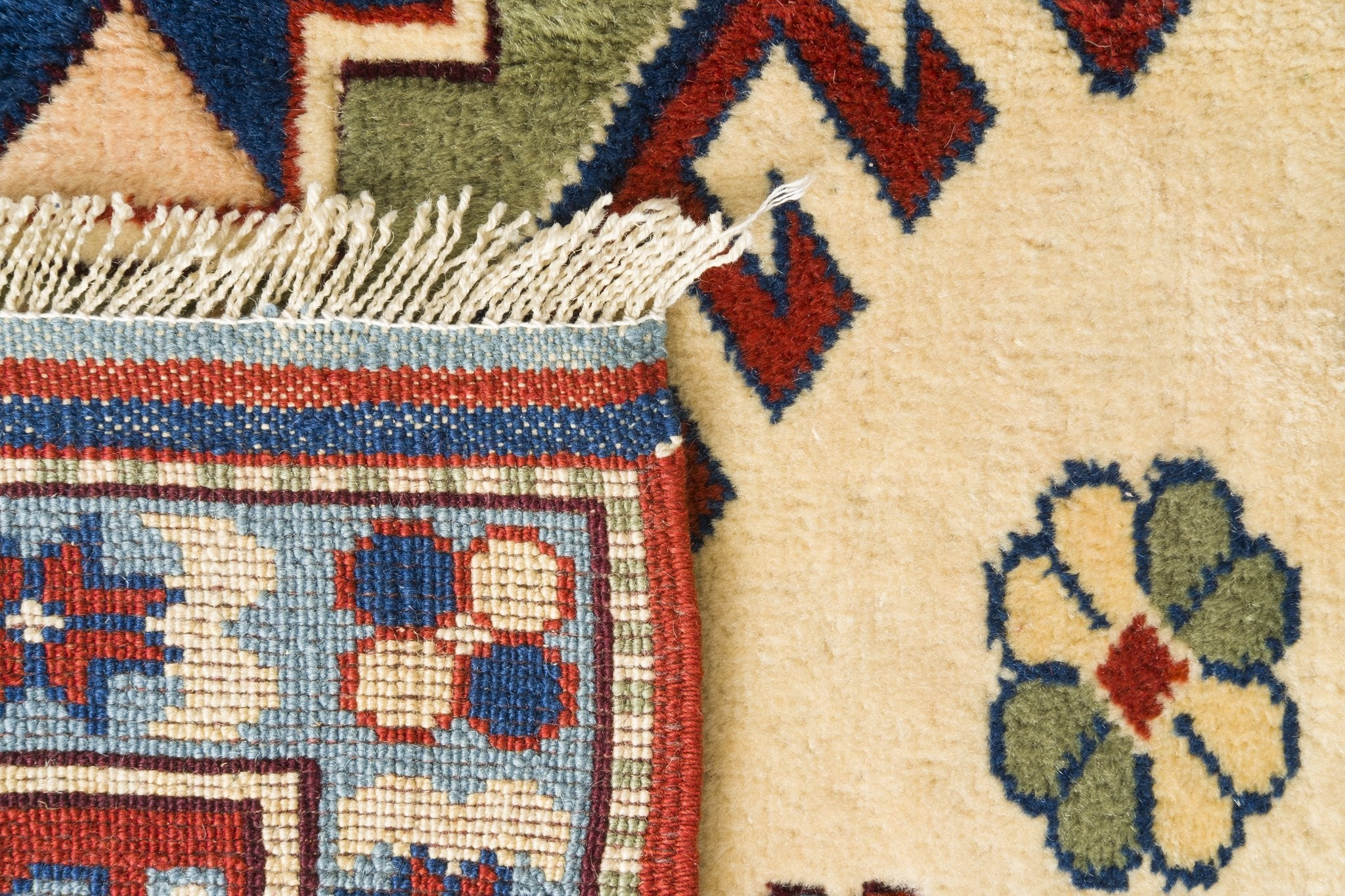 Vintage Turkish Rug Kaat
