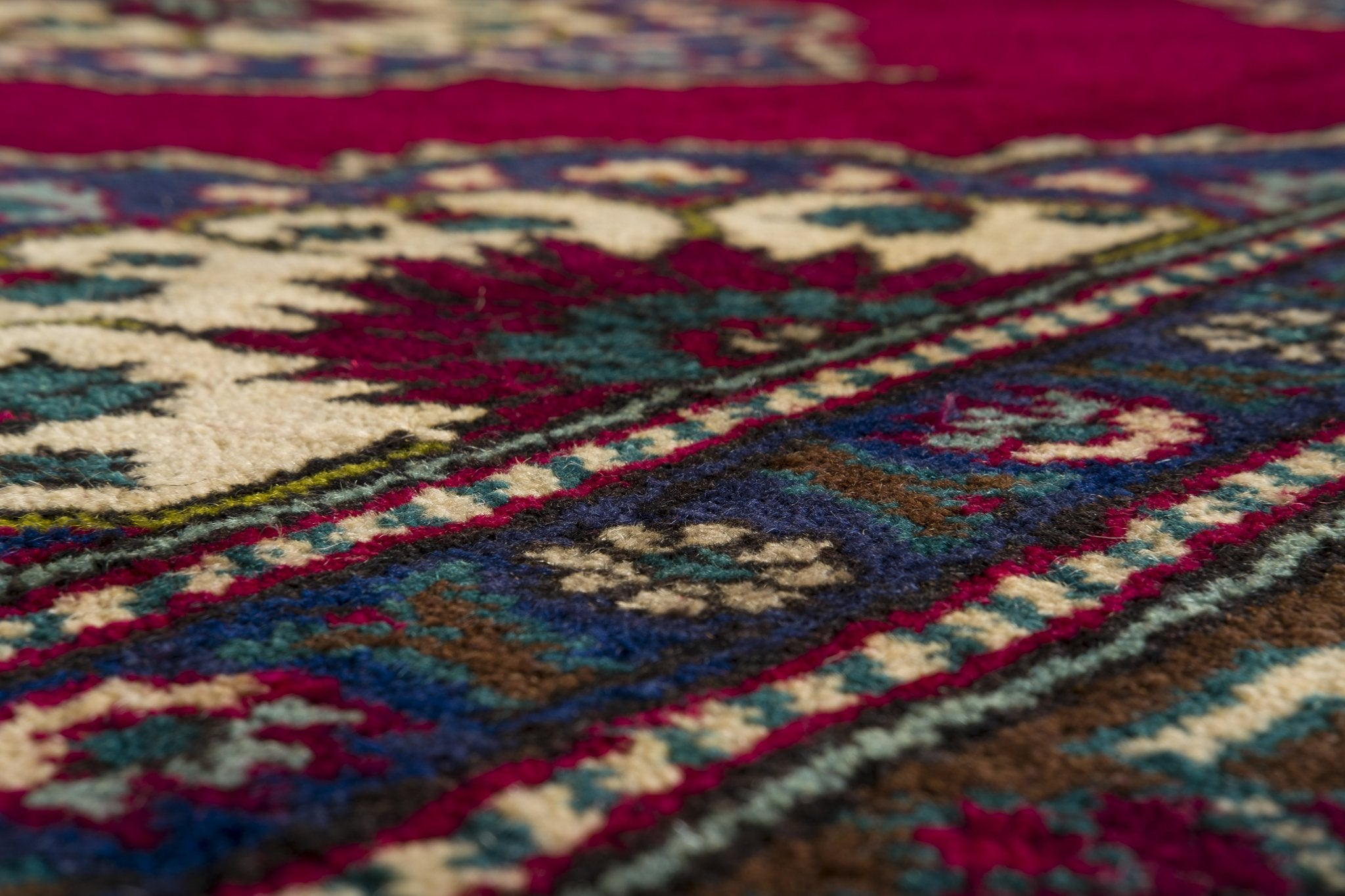 Vintage Turkish Runner Rug Gardar
