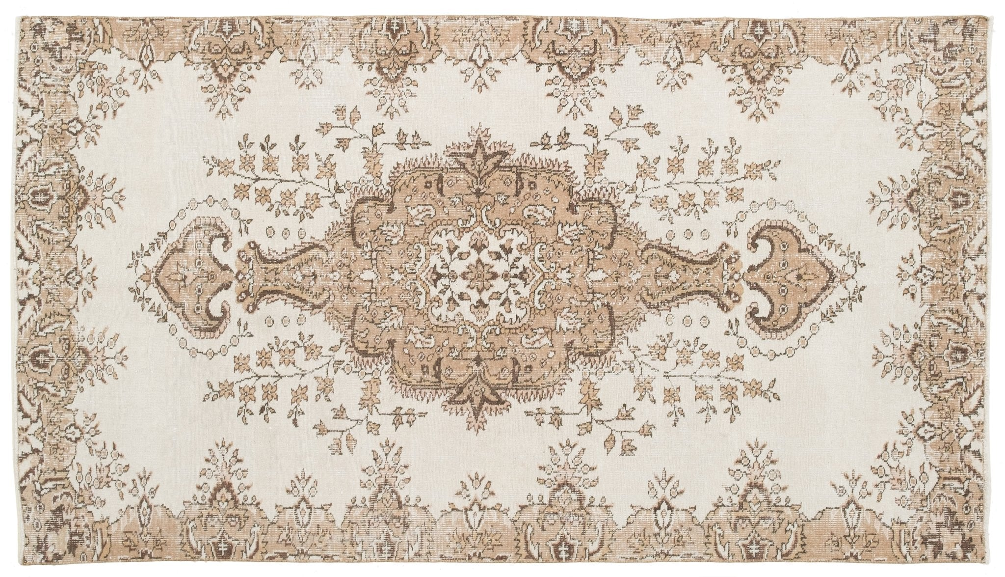 Vintage Persian Style Rug Geminiano