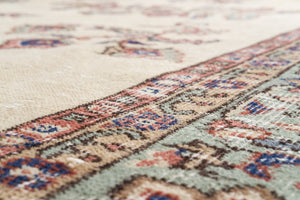 Vintage Turkish Rug Wilton thumbnail