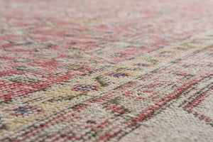 Vintage Turkish Rug Miranta thumbnail