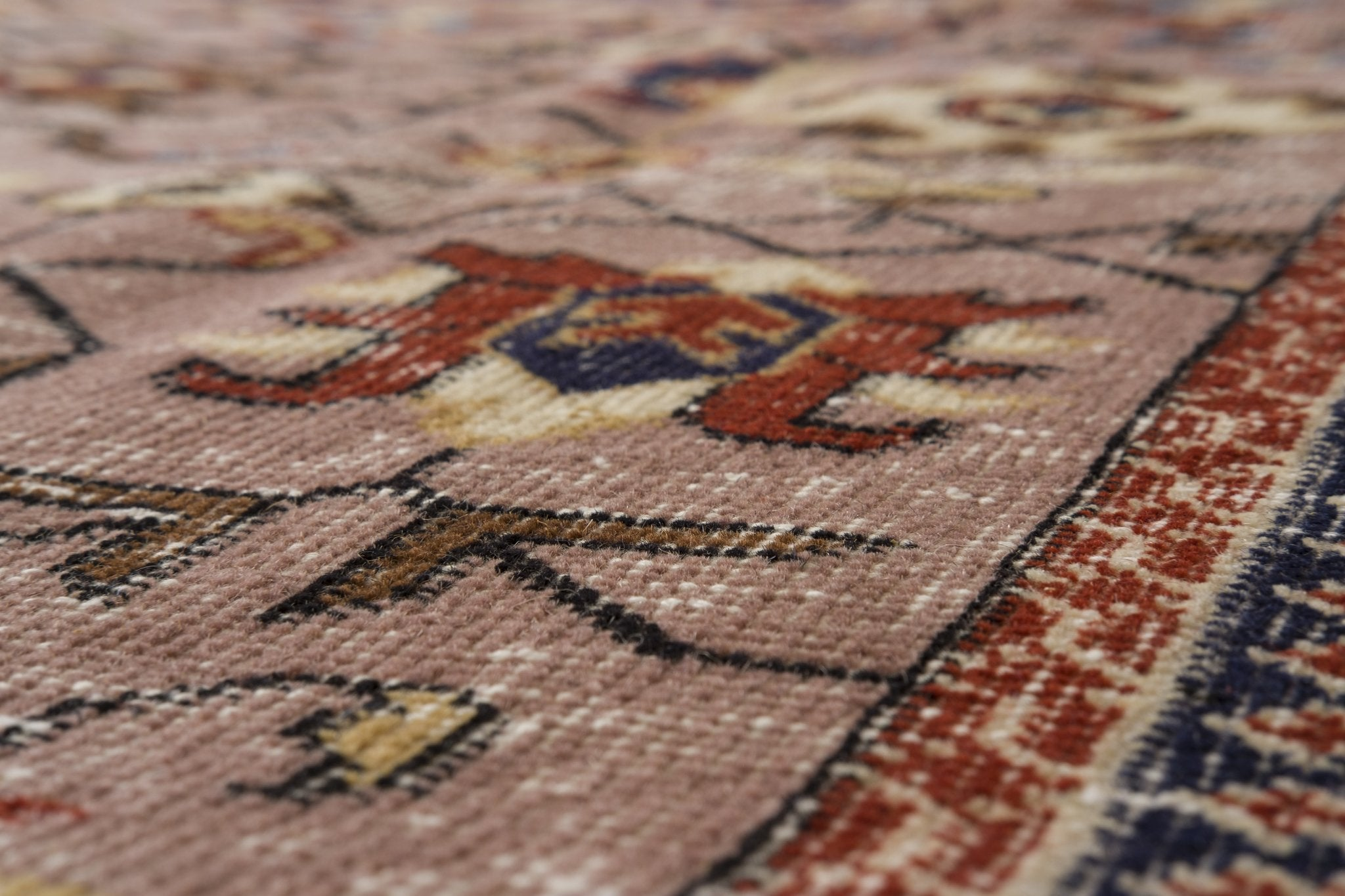 Vintage Turkish Rug Meinou