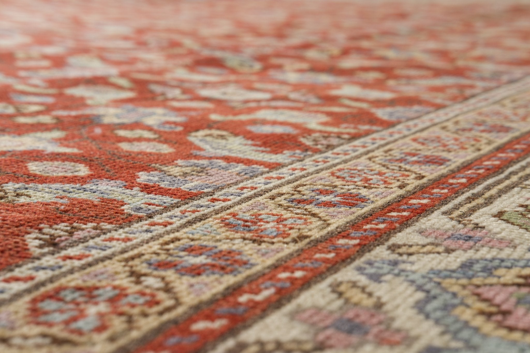 Vintage Persian Style Rug Outi