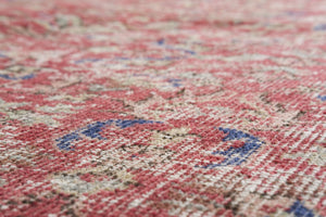 Vintage Turkish Rug Ghada thumbnail