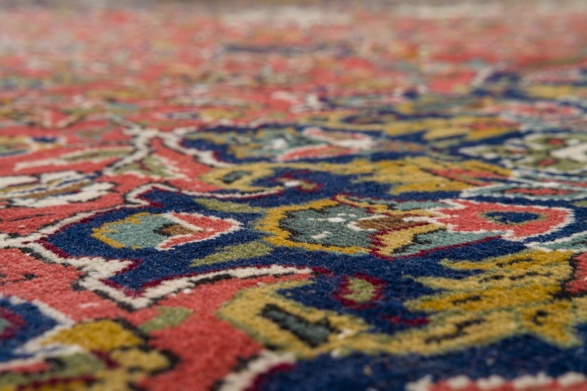 Vintage Persian Style Rug Malen