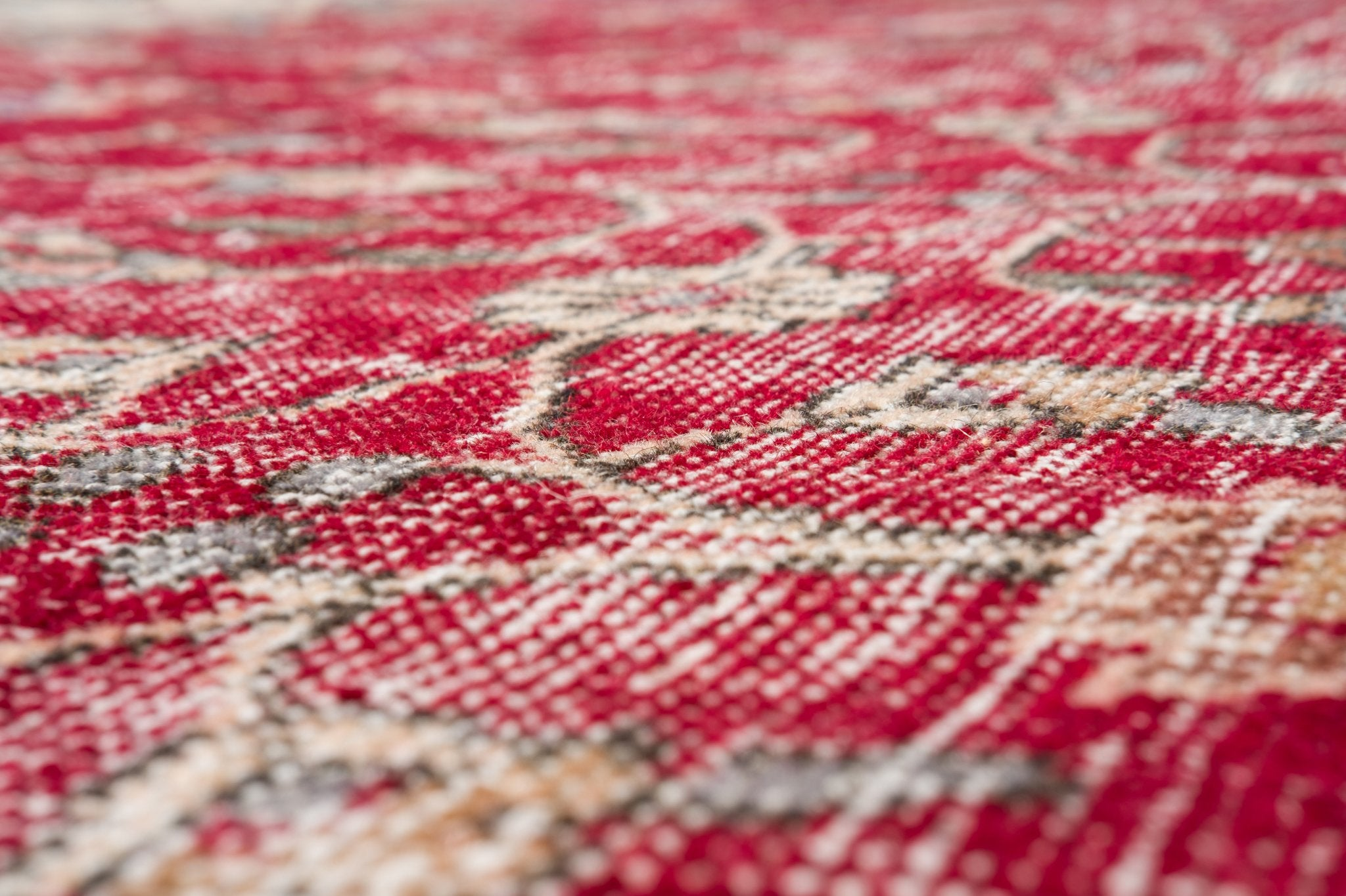 Vintage Turkish Rug Saveria