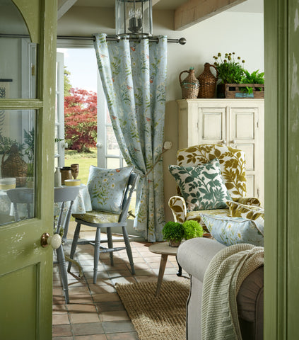 Fine The History Of Curtains And Drapery Through The Ages Sbfabrics Interior Design Ideas Inamawefileorg