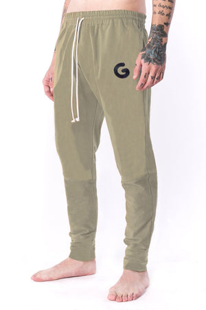 The Man Panelled Jogger 17 // white coffee