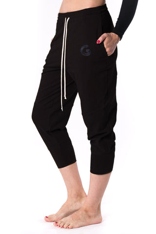 The Woman Panelled Jogger 17 // black