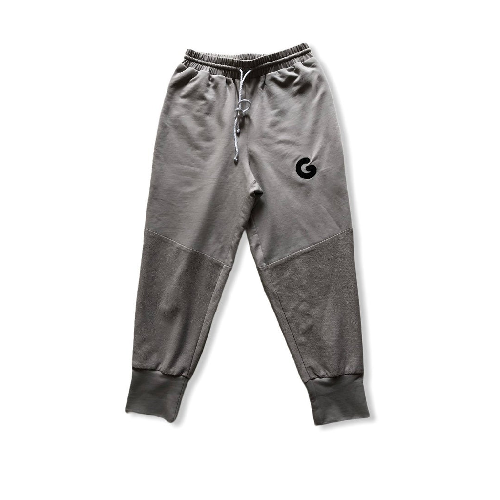 The Woman Panelled Jogger 17 // grey