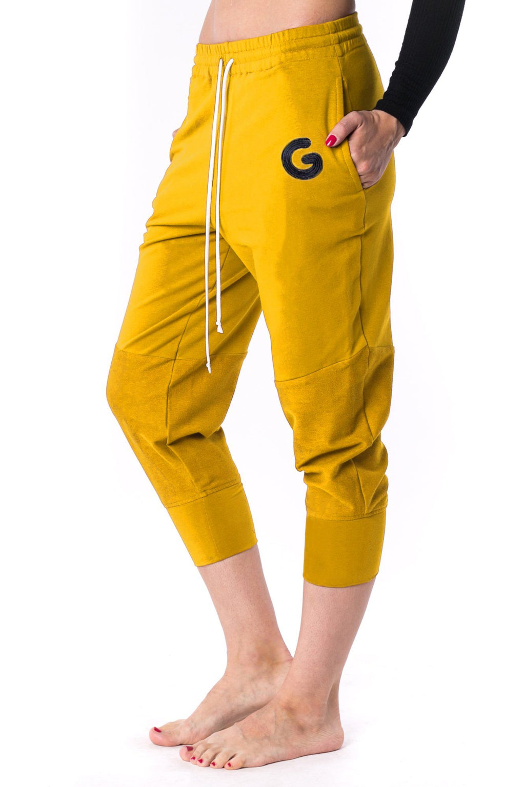 The Woman Panelled Jogger 17 // yellow
