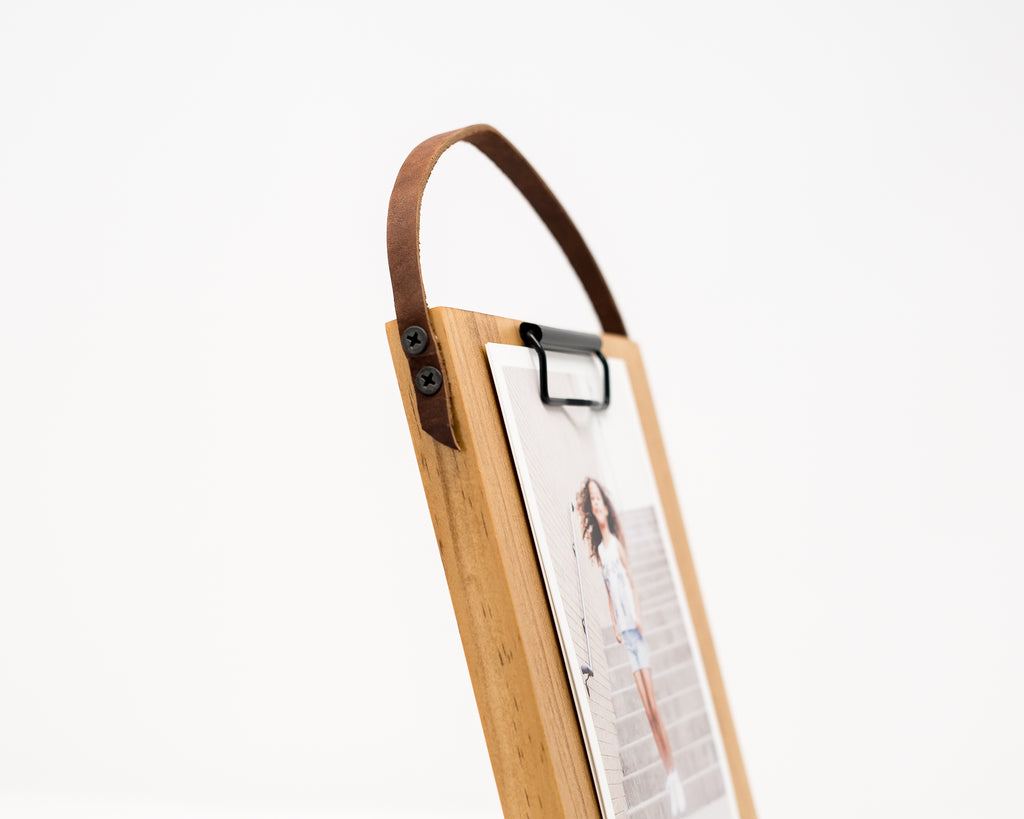 WOODEN MEMO BOARD WITH LEATHER STRAP