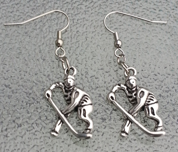 Silver metal 26 mm hockey player earrings, hockey mom, hockey, hockey jewelry, hockey earrings, hockey mom gift, hockey mom gifts,