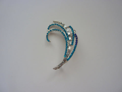 Silver and crystal ear cuff, blue ear cuff, Silver and crystal ear piercing, ear cuff with piercing, crystal earring, silver ear cuff, EC3