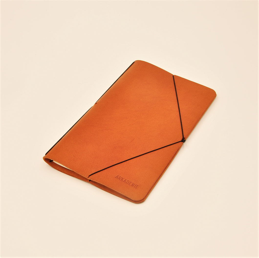 Voyager Leather Plain Journal with Elastic Band Closure