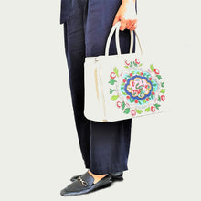 Studio Arkademie NYONYA 35 Handbag, Multicolour