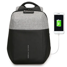 TSA Lock USB Recharging 15,6 inch (2 colors)
