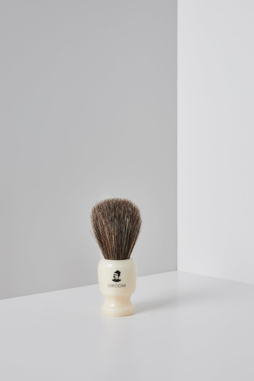 Classic Shaving Brush | Les Industries Groom - Labrador Supply Co.