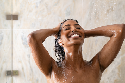 the best way to wash curly hair