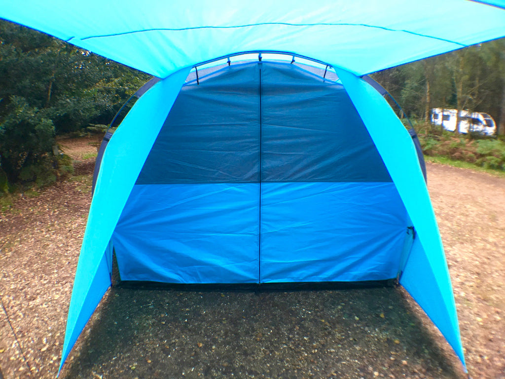 SheltaPod inner tent. An awning that works with any vehicle from SUVs, vans and jeeps to caravans, campers, campervans and motorhomes. It can be used as a sun canopy, half dome, 4 person tent and driveaway awning. A family tent for camping, small pack size and lightweight