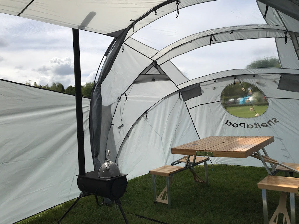 SheltaPod awning works with any vehicle from SUVs, vans and jeeps to caravans, campers, campervans and motorhomes. It can be used as a sun canopy, half dome, 4 person tent and driveaway awning. A family tent for camping, small pack size and lightweight.