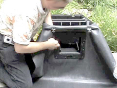Conventional pond skimmers are difficult to attach to pond liner