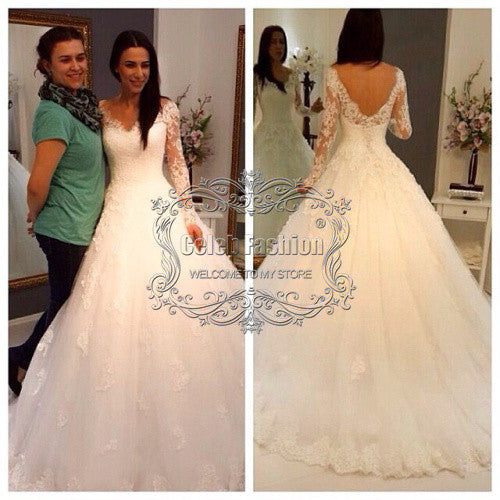 Wedding Dress with Long Sleeves Lace Appliques A Line Wedding Gown