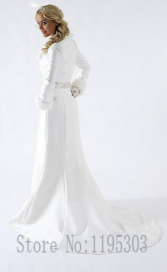 New Arrival  Ivory fur A line coat strapless satin winter wedding dresses gowns with long sleeves Elegant and aristocratic
