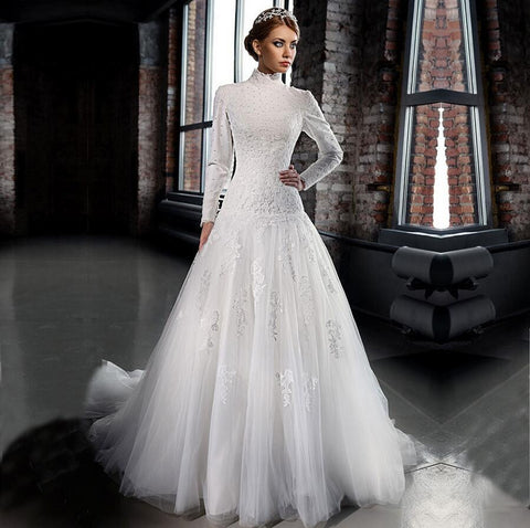 a New Romantic Bridal Dresses Arabic High-Neck Long Sleeve Muslim Wedding Dresses