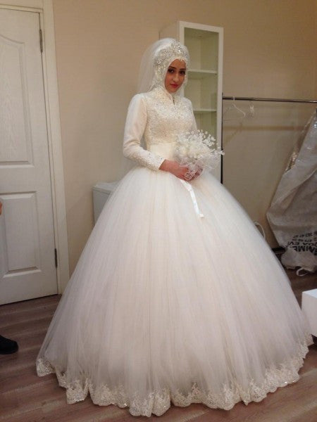 Vintage Muslim Wedding Dress Long Sleeves No Train