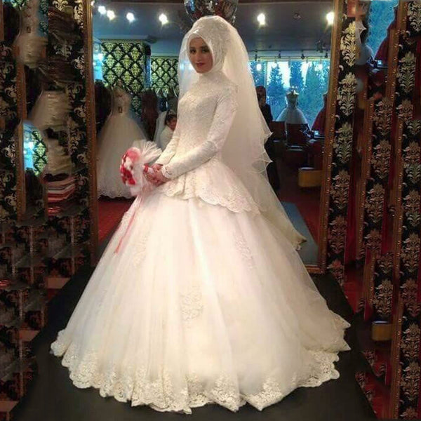 Muslim Wedding Gowns Floor Length with High Neck Long Sleeve Lace Appliques Beading Ball Gown