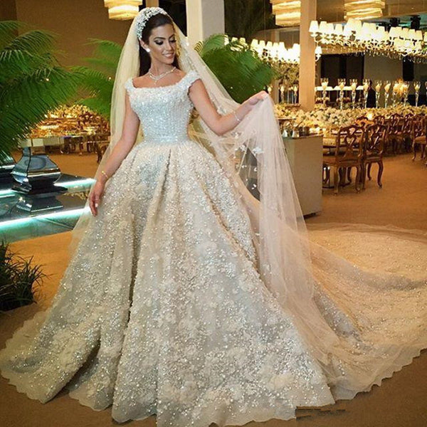 2017 Long Train Vestido De Noiva Unique Square Neck Ball Gown Wedding Dresses With Full Beading Wedding Dress Robe De Mariage